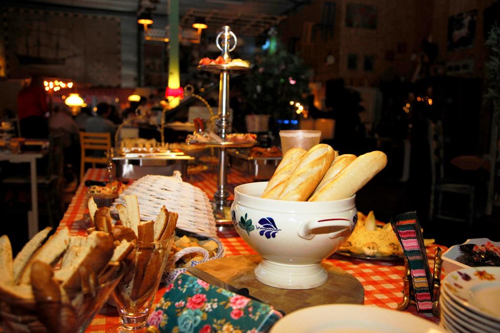 buffetten, feest, catering, verjaardag, feestlocatie, buffet Vroomshoop, feest, buffet Overijssel, Lunchroom Bij Saartje