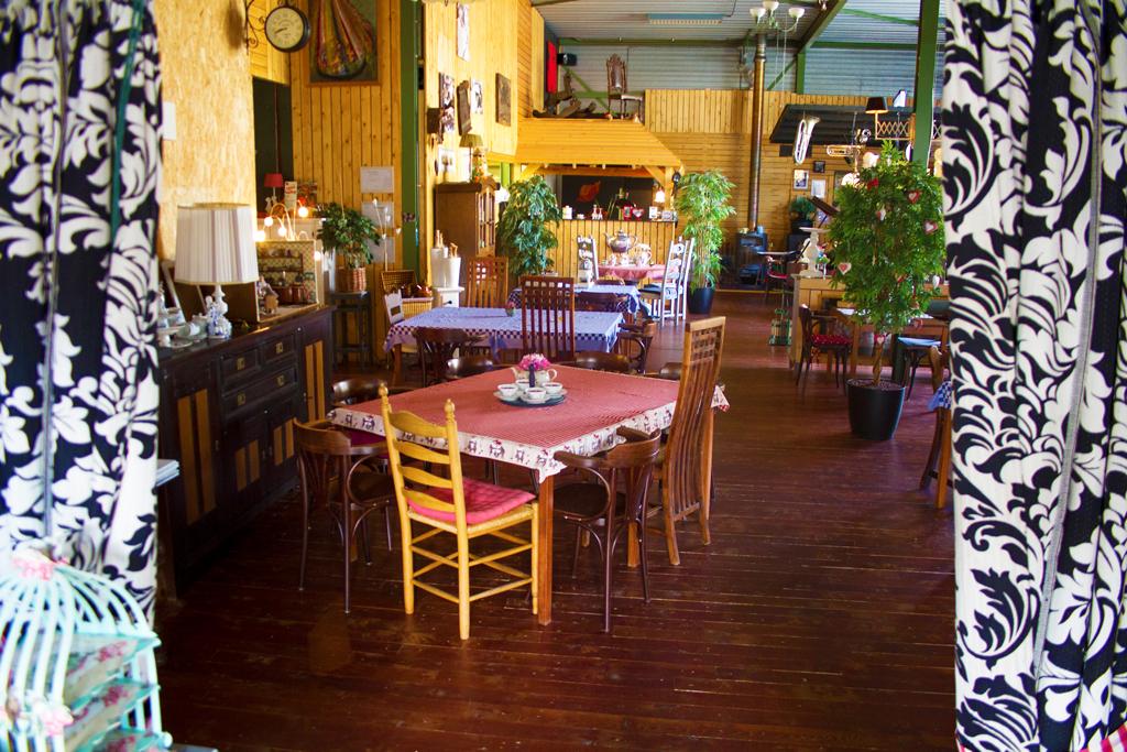 Ingang, Lunchroom Bij Saartje, restaurant, Vroomshoop