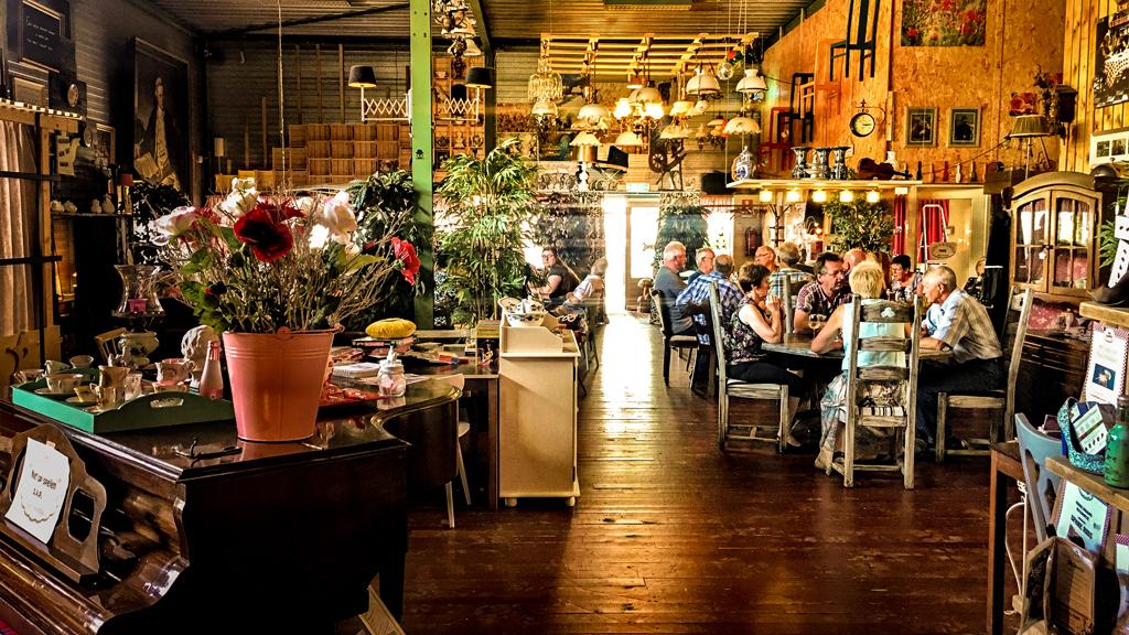 Impressie Lunchroom Bij Saartje, Lunchroom, foto's, feest, warm welkom